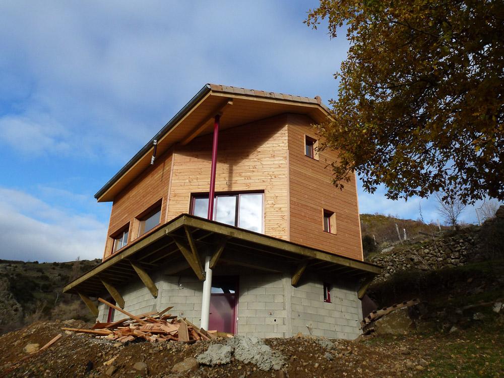 maison bois Pourcheres